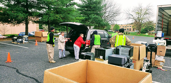 e-End electronics recycling collection event. Photo courtesy of e-End.